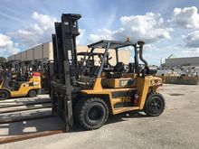 Used 2011 CAT LIFT T