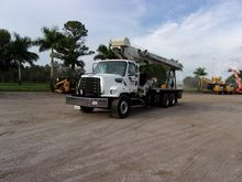 2014 NATIONAL TRUCK CRANE 30 TO