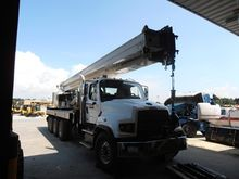 2014 NATIONAL TRUCK CRANE 40 TO