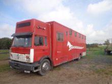 Renault Life stock transporter