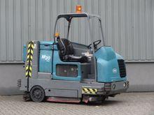 TENNANT M20D Sweeping Truck
