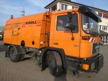 MAN 14.162 4x2 Sweeping Truck
