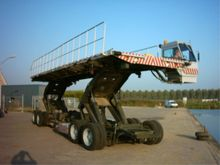 1999 Caterpillar oskosh airplan