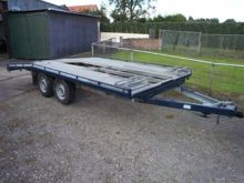 Used Trailers in Zwa