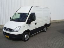 Used 2011 Iveco 35S1