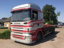 Scania r420 Closed box