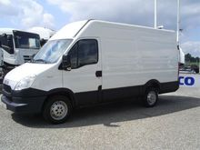 Used 2012 Iveco 35S1