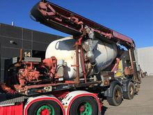Used 2001 Mixer in O