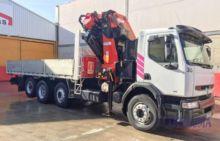 Renault KERAX - PALF Truck Cran