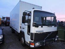 1994 Volvo Bakwagen Closed box