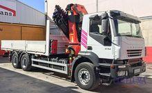 Iveco Trakker 310 - Truck Crane
