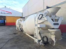 2 UNITS NEW Betonplu Mixer