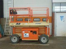 Used 2001 JLG 260 MR