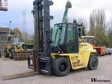 Used 2001 Hyster H8.