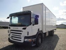 SCANIA P230 Box with load lift