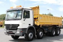 Mercedes Benz 3 SIDED TIPPER TR