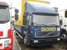 2005 Volvo FL220 Box with load