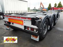 Polyvalent chassis Trailers