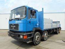 MAN 32.322 8x4 Lorry