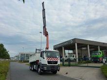 MAN 33.400 Truck Crane