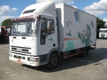 Iveco 80E18 Box with load lift