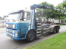 Volvo fm13 6x4 met haaksys Truc