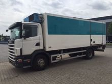 2003 SCANIA R114 Frigo/Isolated