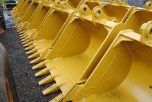 Caterpillar 323 Crawler Excavat