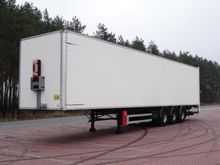 GT TRAILERS Box with load lift