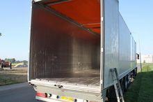 2005 Knapen Trailers Closed box