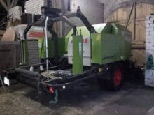 2013 Claas Rollant 375 RC Harve