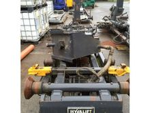 2000 Hyvalift 26000 kg Containe