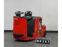 2006 Linde P30 Earth moving