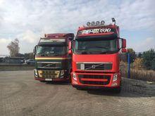 Volvo 2 x FH 13 Tractor unit
