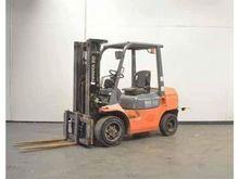 2005 Toyota 62-7FDF30 Forklift