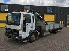 2000 Volvo FL614 Truck Crane