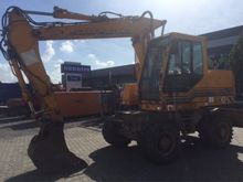 1996 Case 588 - P Front shovel