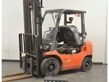 2005 Toyota 62-7FDF25 Forklift