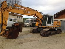 2000 Liebherr R914 Earth moving
