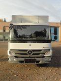 2012 Mercedes Benz 818 korte la