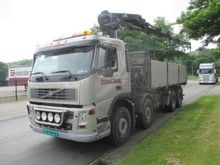 Used 2004 volvo 8x4