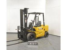 2003 Caterpillar DP30K Forklift