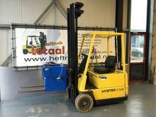 2000 Hyster triplomast freelift