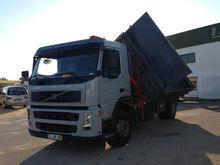 2004 Volvo FM9 Dumper truck wit