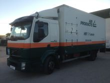 2006 Volvo FL Closed box