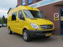 2010 Mercedes Benz Sprinter 319