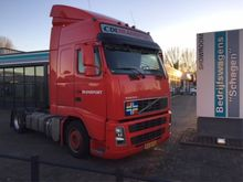 2006 Volvo FH400 4x2 Low Deck e