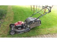 2009 Honda HRH 536 QXE Lawn Mow