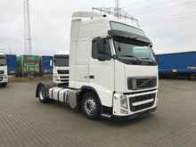2012 Volvo FH460 Low Deck Tract