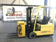Used 2004 Hyster J1.